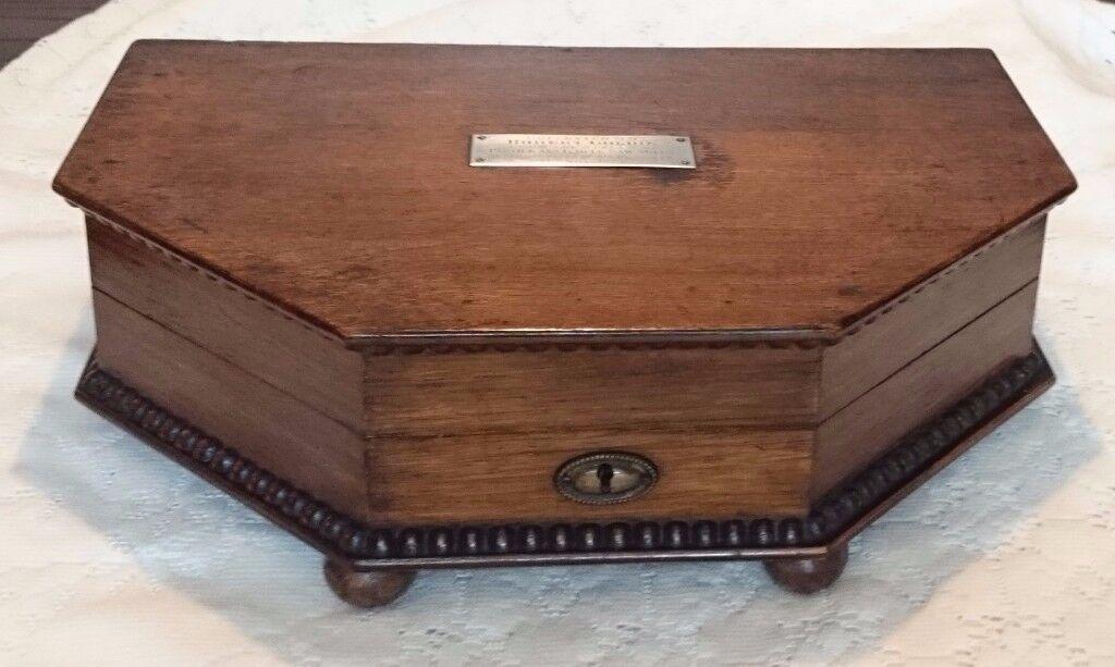 ANTIQUE OAK CANTEEN CUTLERY BOX