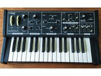 Moog Rogue Vintage Analogue Synthesizer