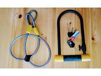 OnGuard Bulldog U-Lock with Cable and Keys
