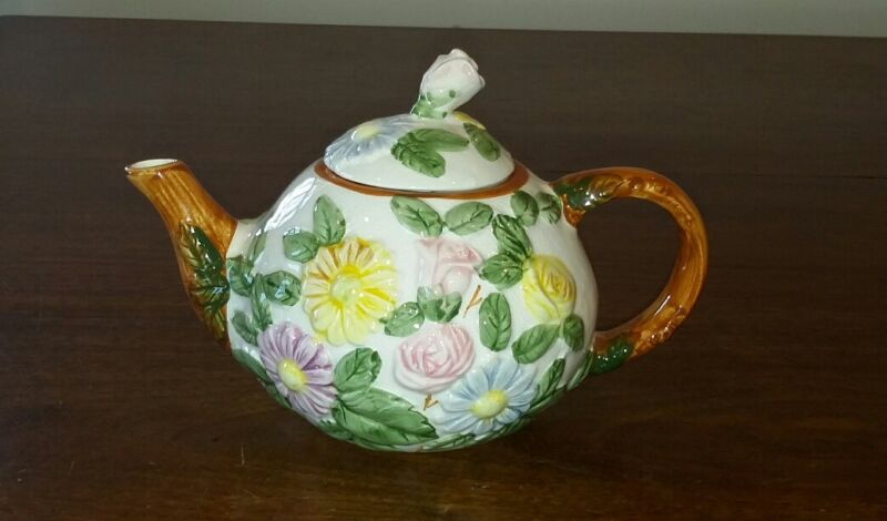 Art Pottery Floral Teapot May Day Roses Daisy Spring 1992 Woods