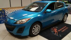 2011 Mazda Mazda3 Sport MANUAL! HATCH! LOADED! SAFETY AVAILABLE!