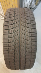 245/40/R18 Michelin xi3 with BMW rims