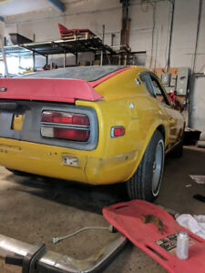 PARTING OUT 1972 Datsun Z-Series Coupe (2 door)