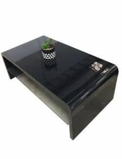 Brand New & High Gloss Coffee Table Black/White (J715)