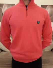 RED, Medium Golf Sweater. Lyle and Scott 1/2 Zip. RRP £70...Sell for £23