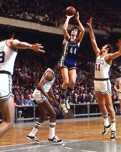 Atlanta Hawks 'PISTOL' PETE MARAVICH Glossy 8x10 Basketball Photo Poster
