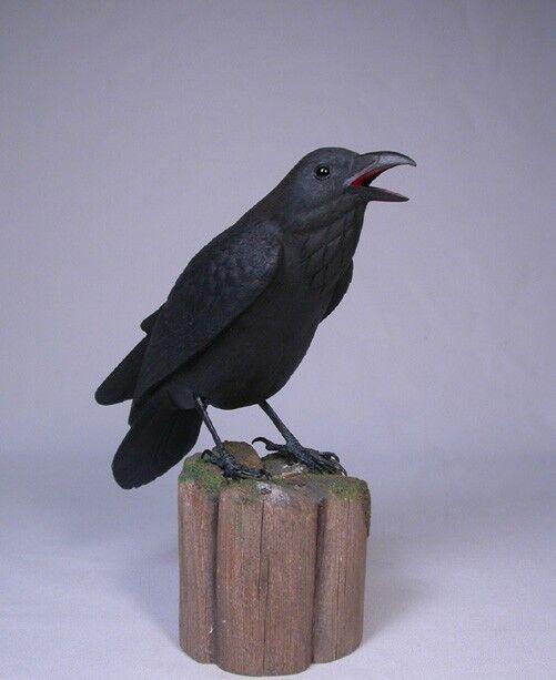 "9"" Common Raven Original Carving/Birdhug"