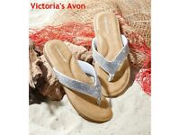 Dunlop Silver Toe Post Sandals -NEW