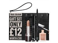 True Colour Gift Set