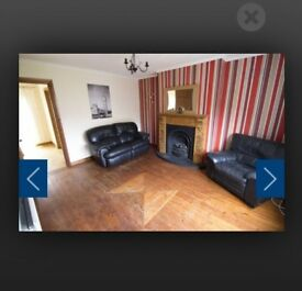 Partial furnished 3 bed terrace for immediate rent