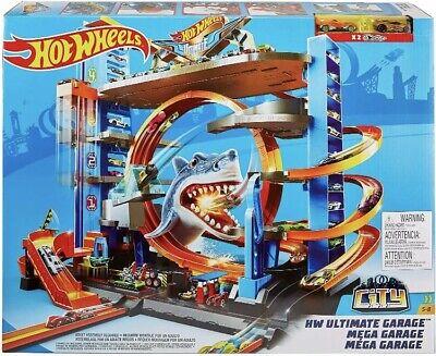 Hot Wheels Ultimate Garage Tower Shark Loop Racetrack 2 Vehicles Set Fit 90 Cars