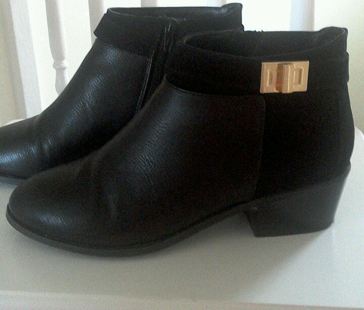 Black boots Miss Selfridge size 6