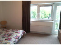 Stunning 2 bed apartment with an open plan lounge in West Hamstead ideal for company let!