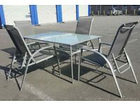 Set Garden Table and 4 Stackable Chairs