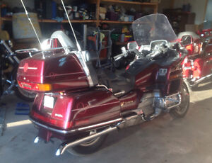 1990 Gold wing