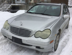 2002 Mercedes-Benz 300-Series Familiale