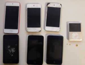 Apple iPods lot