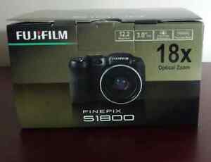 Fujifilm Finepix Camera S1800