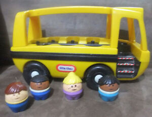 Vintage Little Tikes School Bus with 4 Chunky People 1980s
