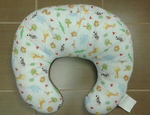 Nursing pillow and nursing cover