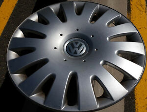 """Moncton NB - Looking for 1 hubcap for 2009 VW Jetta 16"""" wheel"""