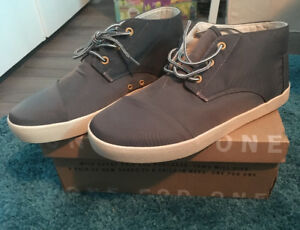 Men's Toms shoes brand new