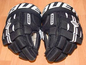 """Bauer Gloves 12"""""""