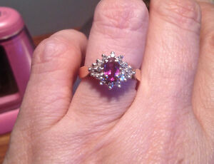 Ruby and Diamond Cluster 14k Ring (Beautiful condition)