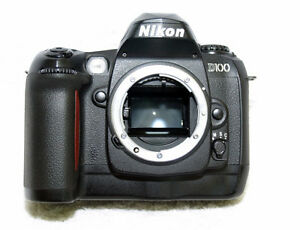 Nikon D100 DSRL body + lowepro bag + CompactFlash card