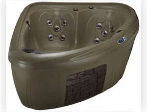 Hot tub for sale! Only $3995!