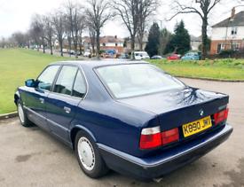 BMW,520i