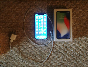 iPhone X (white, 64GB, AppleCare+ for 2 years) +wireless charger