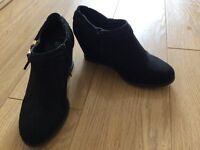 New Look, black shoes, size 3