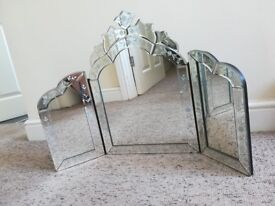 Vintage style three-part folding decorative mirror - Victorian style