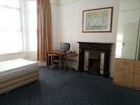 DOUBLE ROOM, ALL SOULS AVENUE, KENSAL GREEN, NW10