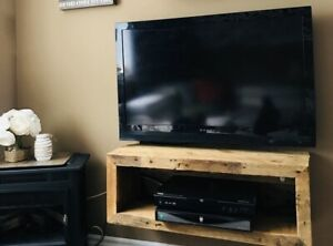 """38"""" DYNEX TV FOR SALE"""