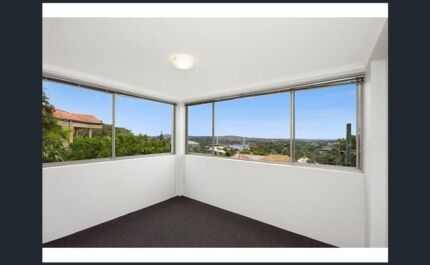 Spacious 2 bedroom unit - Highgate Hill - amazing view