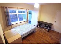 2 Rooms in North Greenwich, Zone 2, All Bills inc! (£130pw - £170pw)