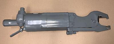American Pneumatic Tool Pneumatic Compression Squeeze Riveter Model 740