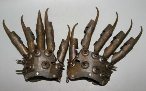 Iron protective gloves in ancient China