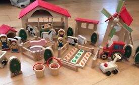 Big jigs wooden farm and accessories