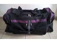 Metropac Holdall Bag