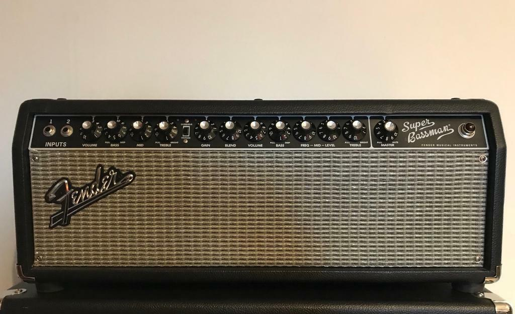 fender super bassman 300w bass amp in bulwell nottinghamshire gumtree. Black Bedroom Furniture Sets. Home Design Ideas