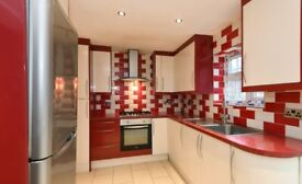 Massive 5 bed house in E10 company let welcome