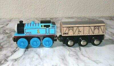 Authentic Thomas and Friends Magnetic Wooden Train Thomas and Cargo car #15