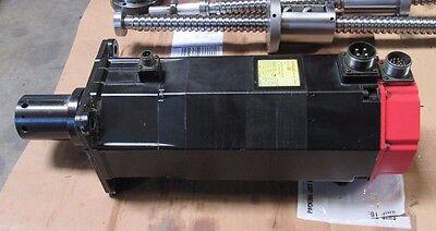 Fanuc Ac Servo Motor Model 20s A06b-0502-b202 From Kitamura Mycenter 2