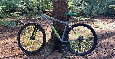 "voodoo Aizan 29er mountain Bike - 20"""