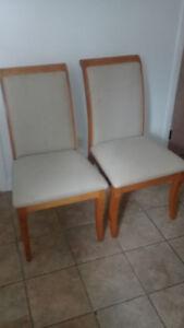 Deux Chaises cuisines