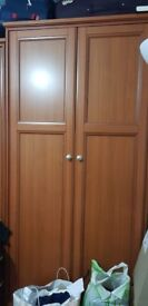 solid wood double wardrobe in very good condition