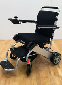 EASYFOLD TRAVEL POWER  WHEELCHAIR ONLY 46lbs!!